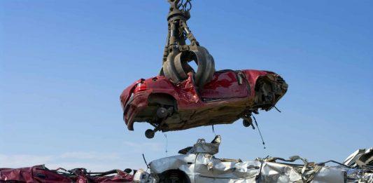 Rottamazione e demolizione auto Roma